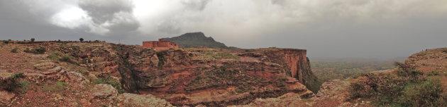 Trekking in Gheralta Mountains in Noord Ethiopie