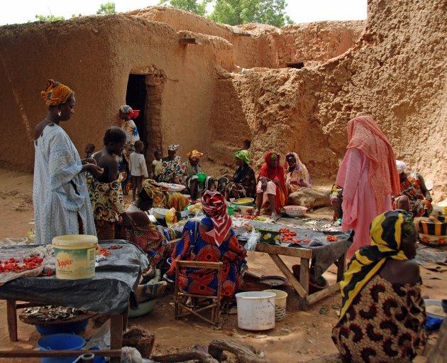 Lokale markt in oud Segou