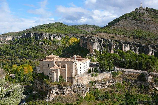 Slapen in kloosters en kastelen
