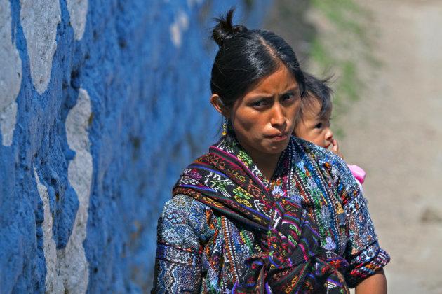 Traditioneel geklede vrouw