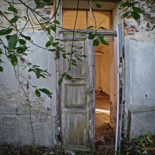 '509574' door abytravel