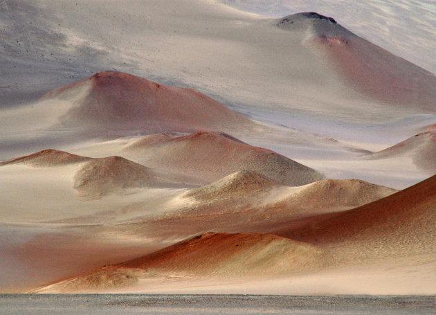 IJzerhoudende zandduinen aan de Chileense kust