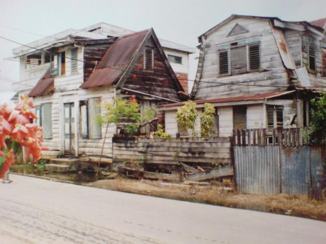 2001-2002 Kostersstraat in Paramaribo.