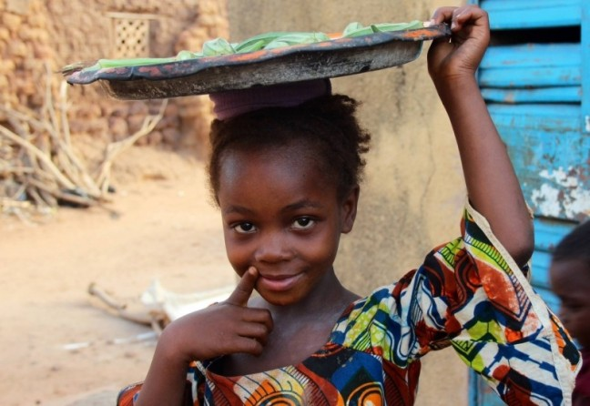 Verkoopstertje dorp Burkina Faso