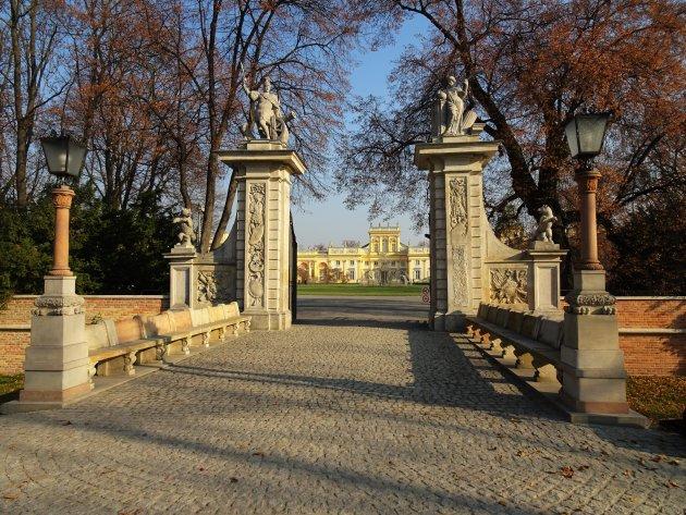 Ingang tot het paleis van Wilanow