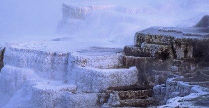 Het Minerva terras in het Mammoth Hot Springs gebied van Yellowstone National Park.