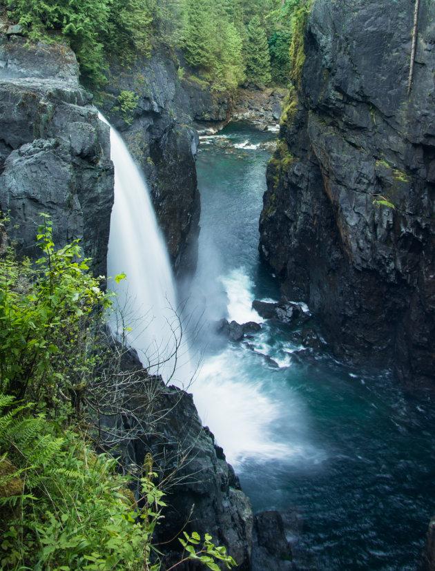 Wandeling naar de Elk Falls
