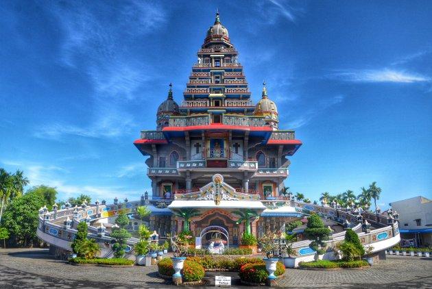 Kerk of tempel? Beide.