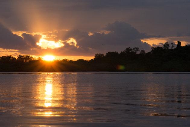 Zonsondergang op het Cuyabenomeer