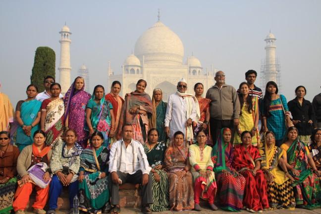 Familieportret bij de Taj
