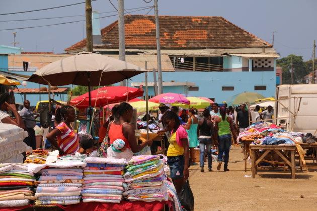 markt in Sao Tomë stad