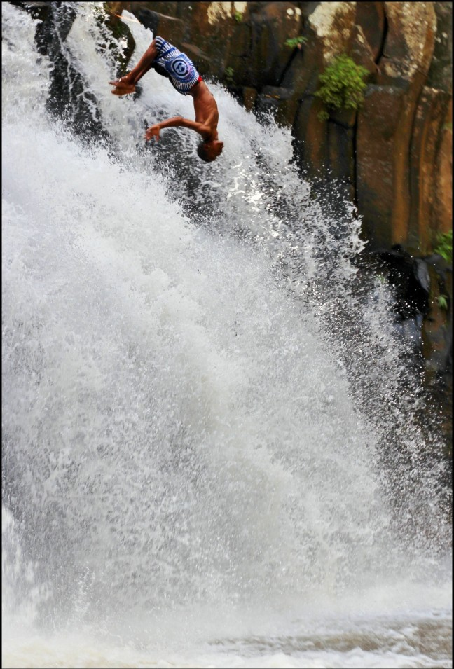 spectaculaire sprong, Rochester Falls
