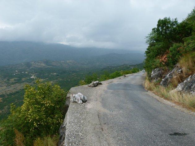 2 richtingsverkeer Manastir Ostrog