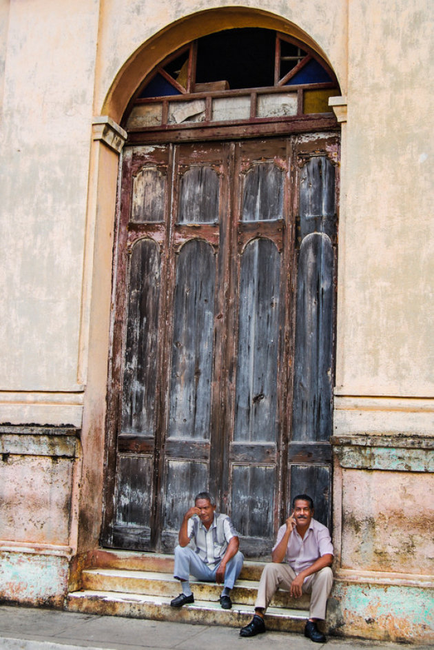 Deur van de Iglesia de Nuestra Señora de la Asunción