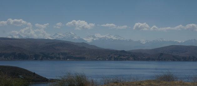Uitzicht op Titicaca