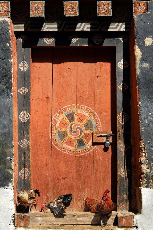 Geluk op de deur in Bhutan