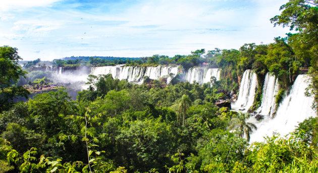 De breedste waterval ter wereld.