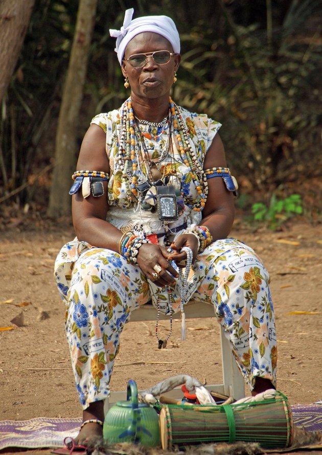 Het is nooit te laat in Benin... een Vodunbijeenkomst