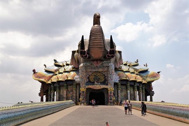 Futuristische Tempel