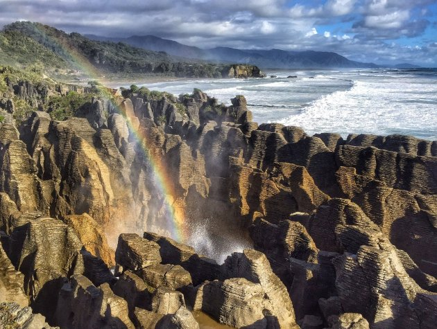 Pancake Rocks rainbow