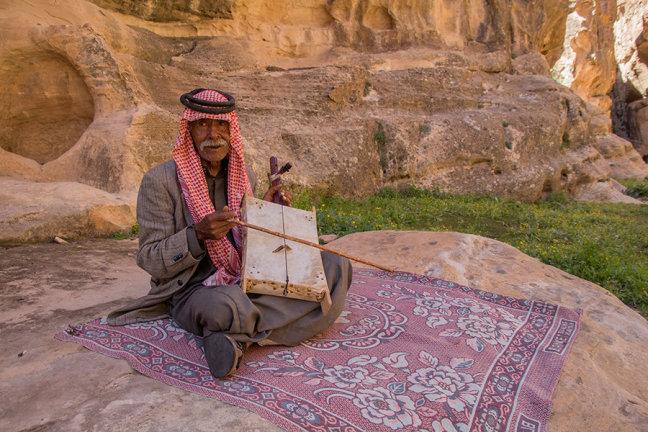 Muzikant in Little Petra