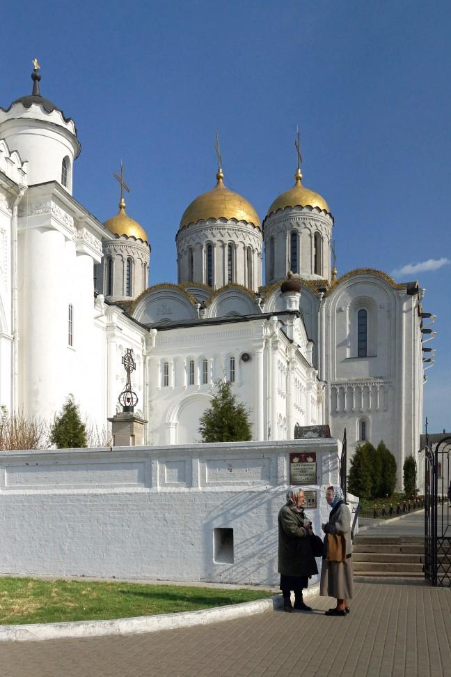 De witte kerken van Vladimir