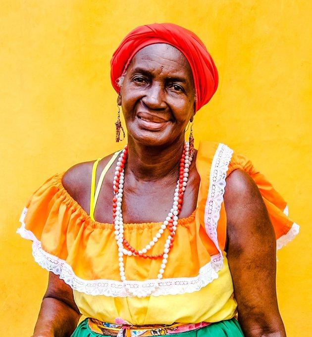 Fruit kopen in Colombia doe je bij deze Caribische vrouwtjes