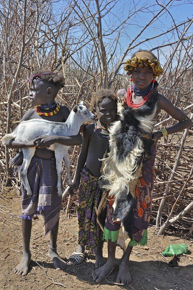 Kinderen van de Dassanech stam
