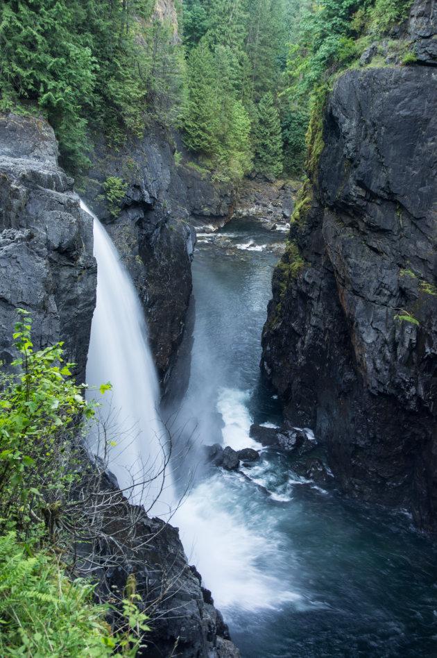 Elk Falls bij Cambell River