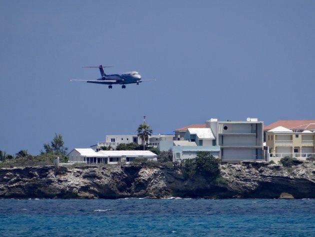 Landende vliegtuig op Sint Maarten