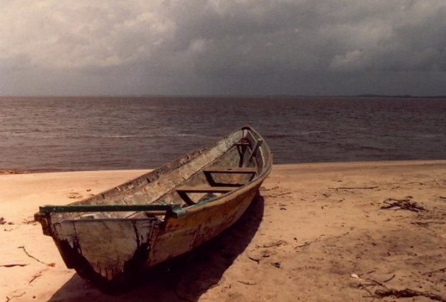 Zicht op de Marowijne vanaf Frans-guyana