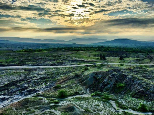 Sunrise desierto Tatacoa gris