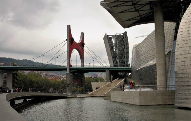 Guggenheim buiten