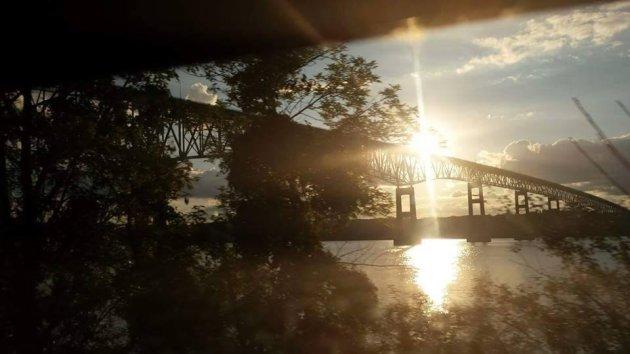 Hudson River by train
