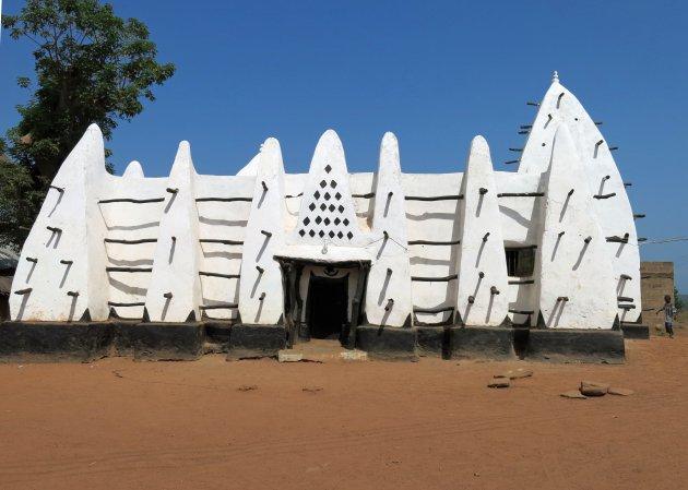 Oudste moskee van Ghana
