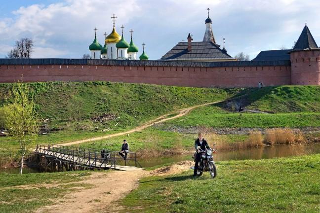 Naar het kremlin van Suzdal