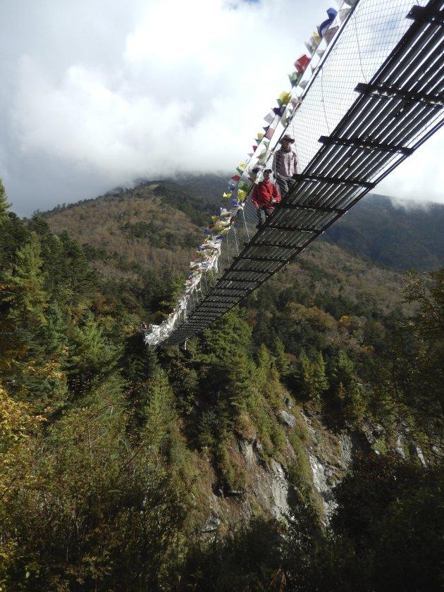 De hangbruggen van Nepal