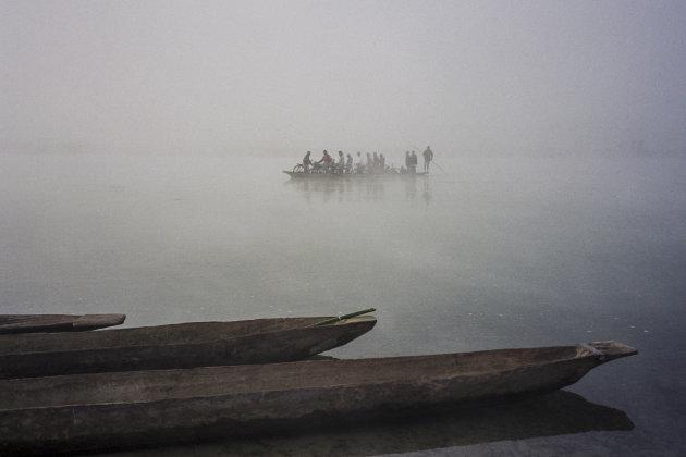 Fietspontje Rapti rivier-Nepal