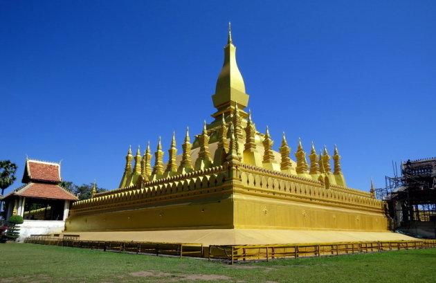 Opknapbeurt van de That Luang .