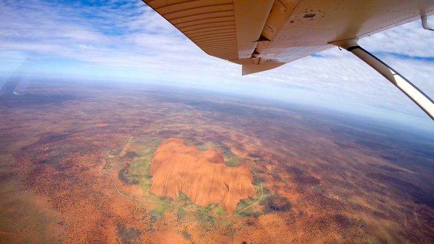 Uluru vanuit de lucht