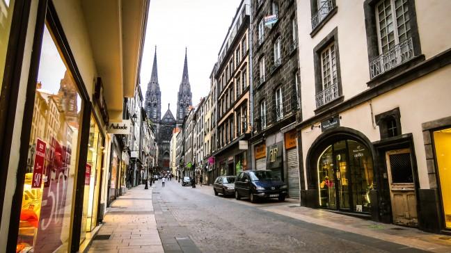 Wandelen door het centrum van Clermont-Ferrand