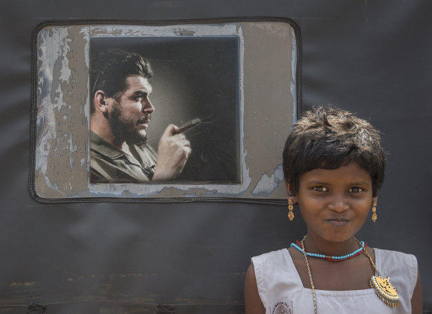 The tuk-tuk driver's daughter and Che