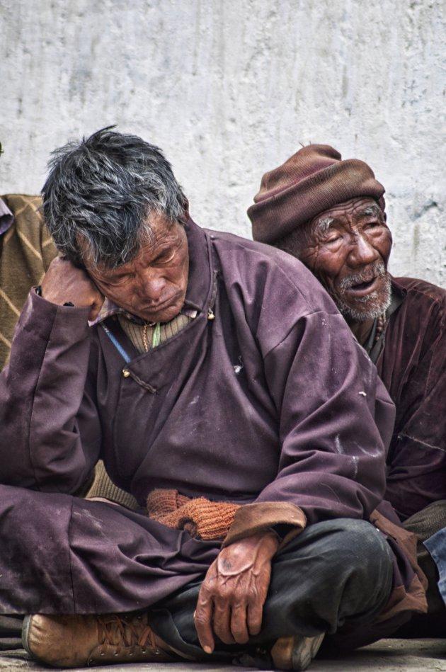 Slapend tijdens kloosterfestival