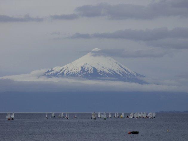 zwevende vulkaan