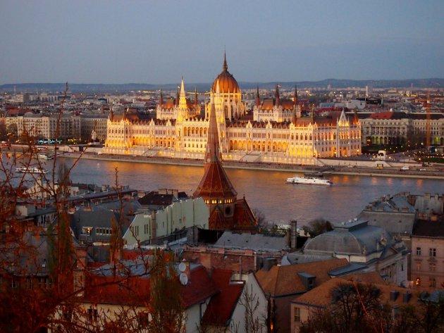 Boedapest even voor het donker
