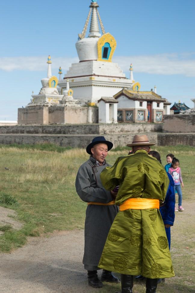 Bijkletsen bij Erdene Zuu Monastery