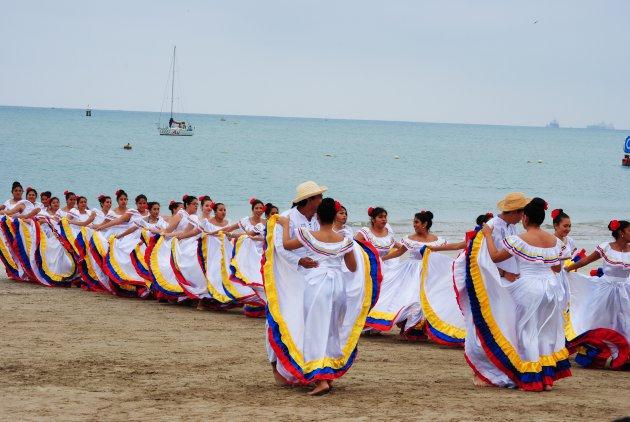 Dansen op het strand