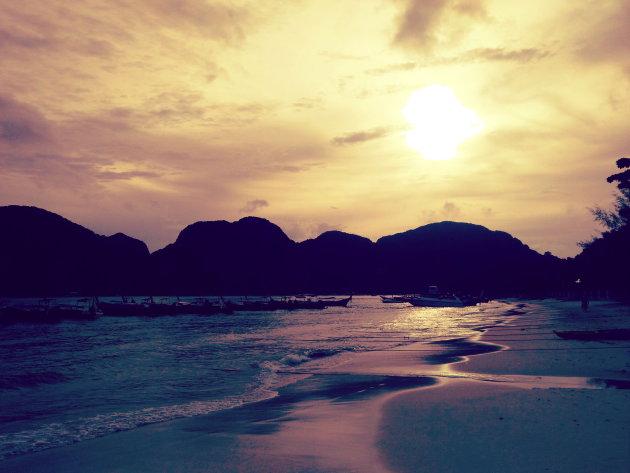 Zonsondergang in de Andaman Sea