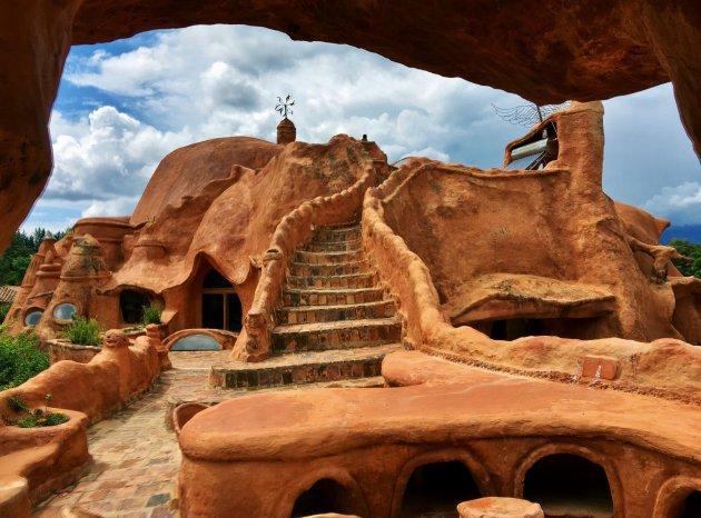 Casa terracotta vanuit de buitenkeuken