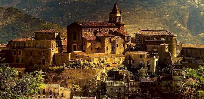 Bergstadje Sicilie